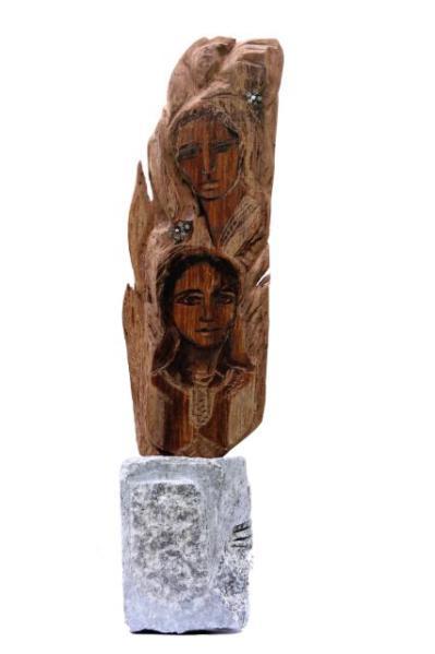 La fuerza del ser-sculptural xilography- 10 x 11 x 53 cm